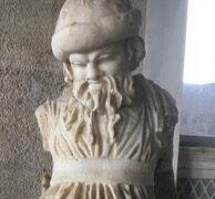 Bacelona Statue