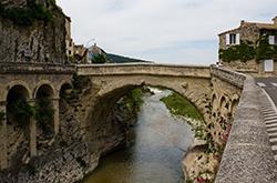 Pont Vaison la Romaine