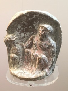 The kneeling Aphrodite statue