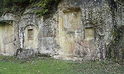 Selca e Poshtme Tomb